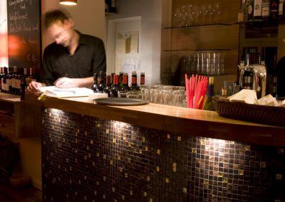 Restaurant_Bar_01