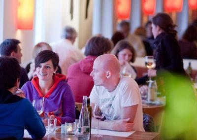 Restaurant_Gastraum_01